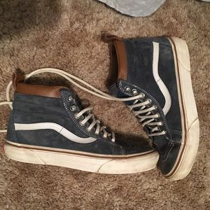 """Weatherproof"" suede blue and brown high top Vans"